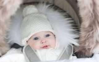 Что нужно в коляску для новорожденного летом